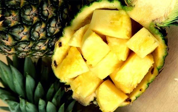 Kenapa Ibu Hamil Dilarang Makan Nanas Muda