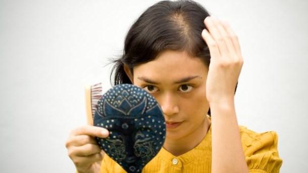 Tips Mencegah Kerontokan Rambut: Obat Alami yang Efektif